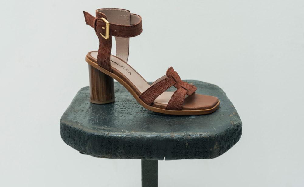 Dorotea sandalia de tacón alto Lianne chocolate ss18