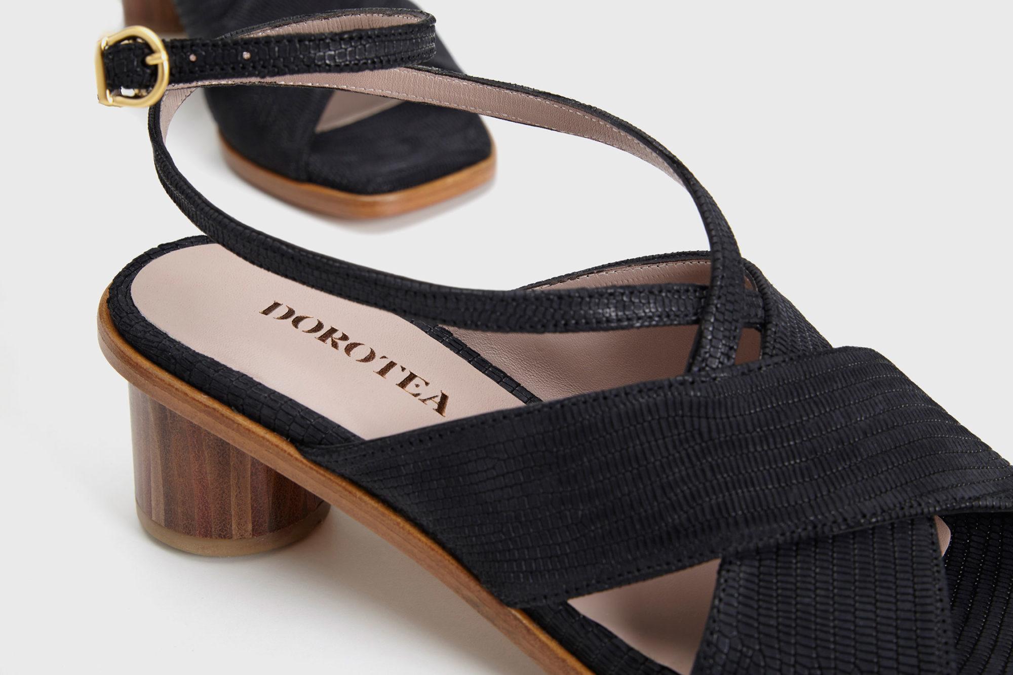 Dorotea sandalia de tacón medio Daphne negra ss17 detalle
