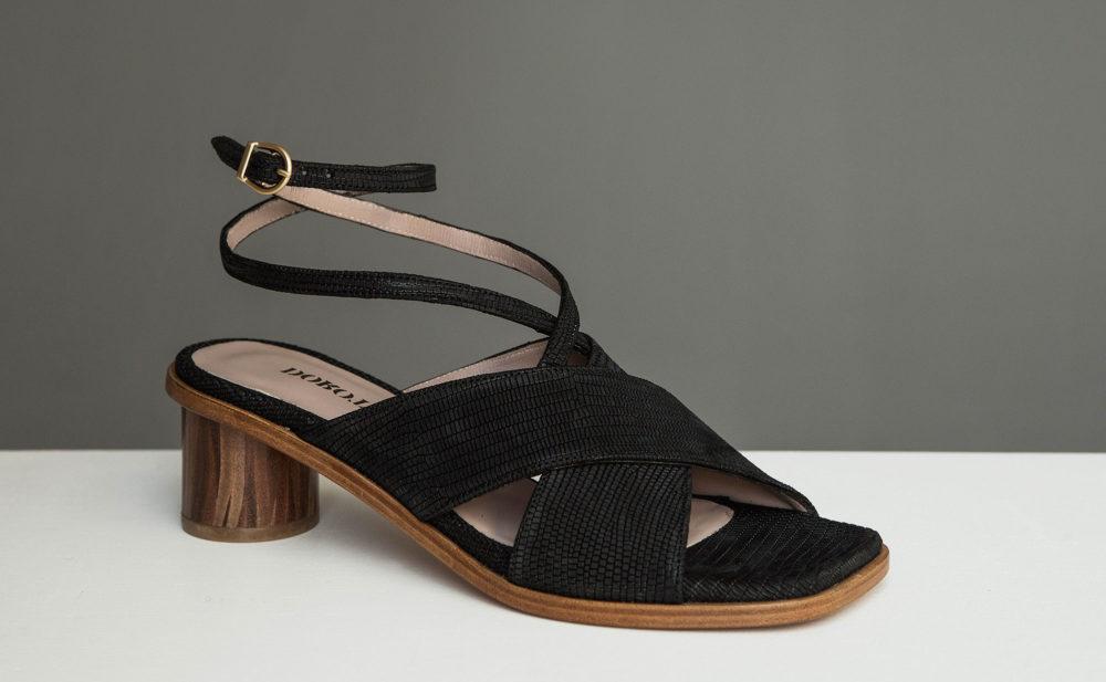 Dorotea sandalia de tacón medio Daphne negra ss17 2