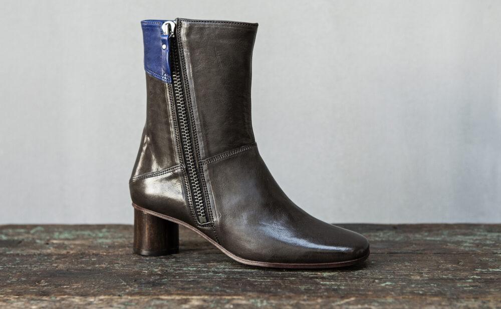 Dorotea bota de tacón medio Erin gris ss17