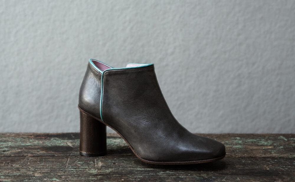 Dorotea zapato abotinado Zoe gris ss17