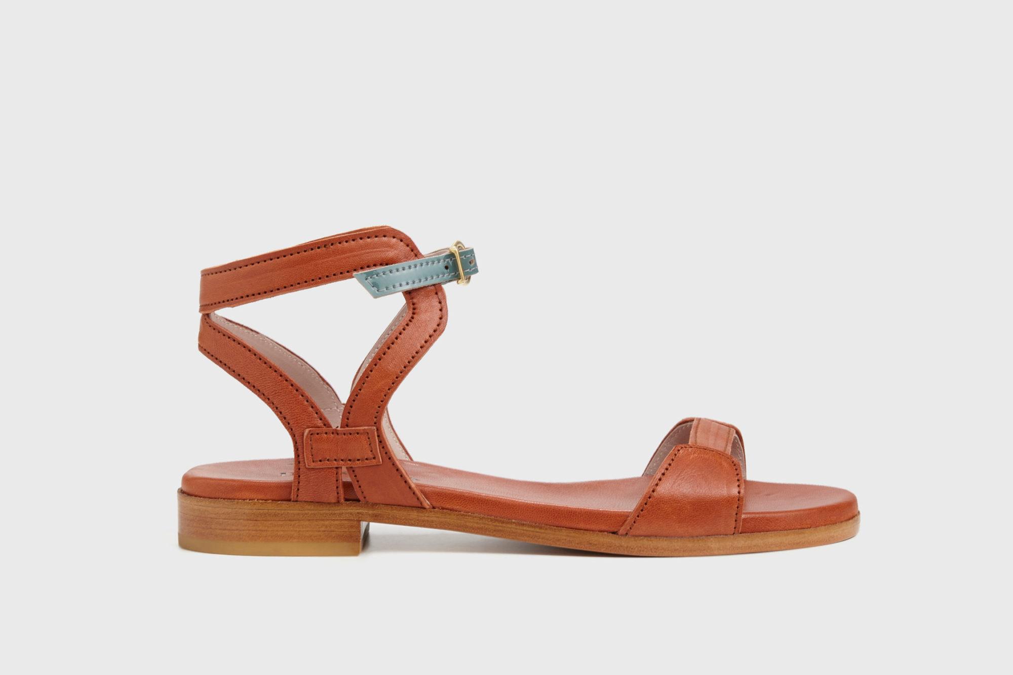 Dorotea sandalia plana Maya cuero ss18 perfil