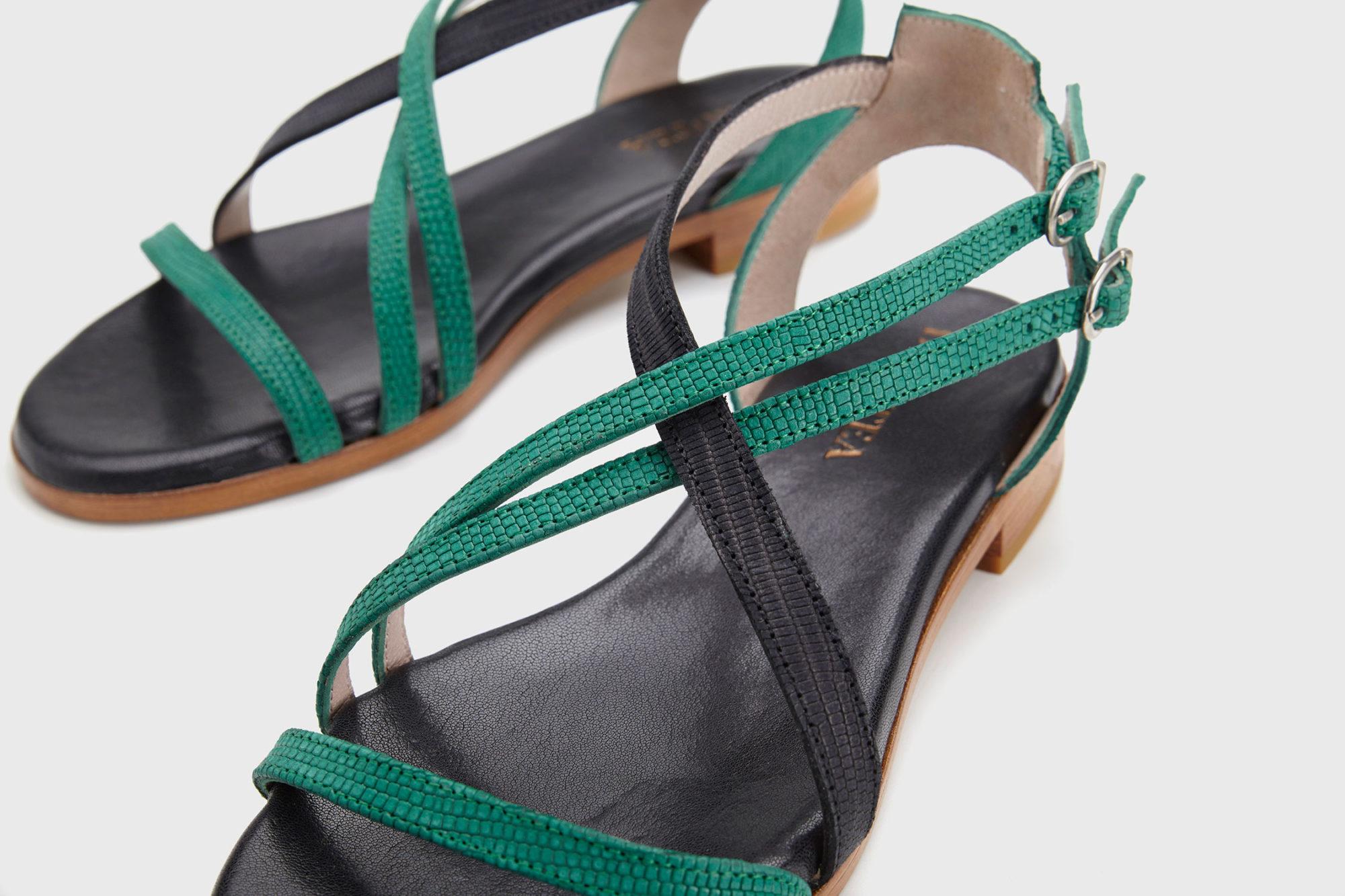 Dorotea sandalia plana Charlotte verde esmeralda ss17 detalle