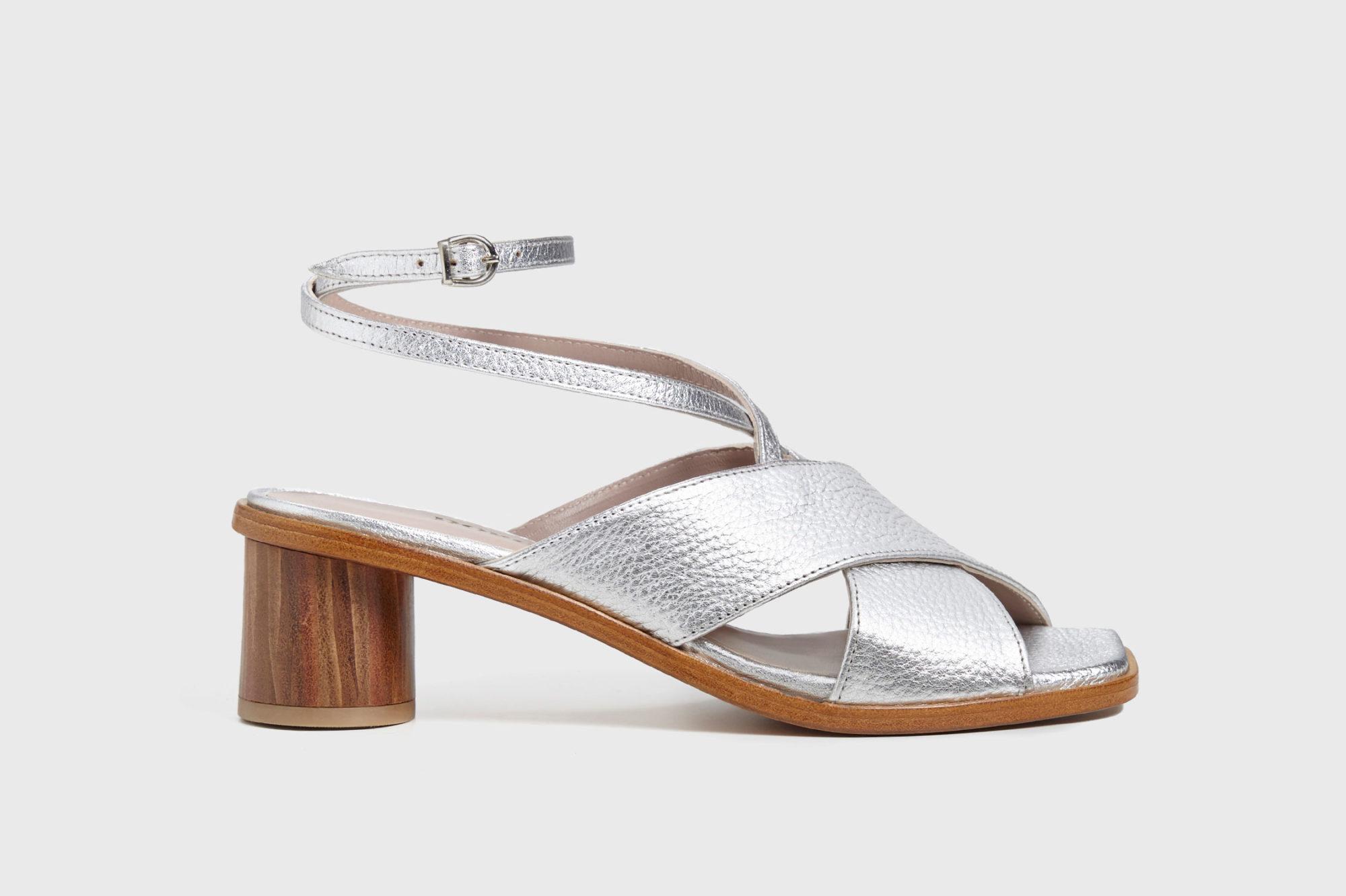 Sandalia de tacón medio Daphne ss17 perfil