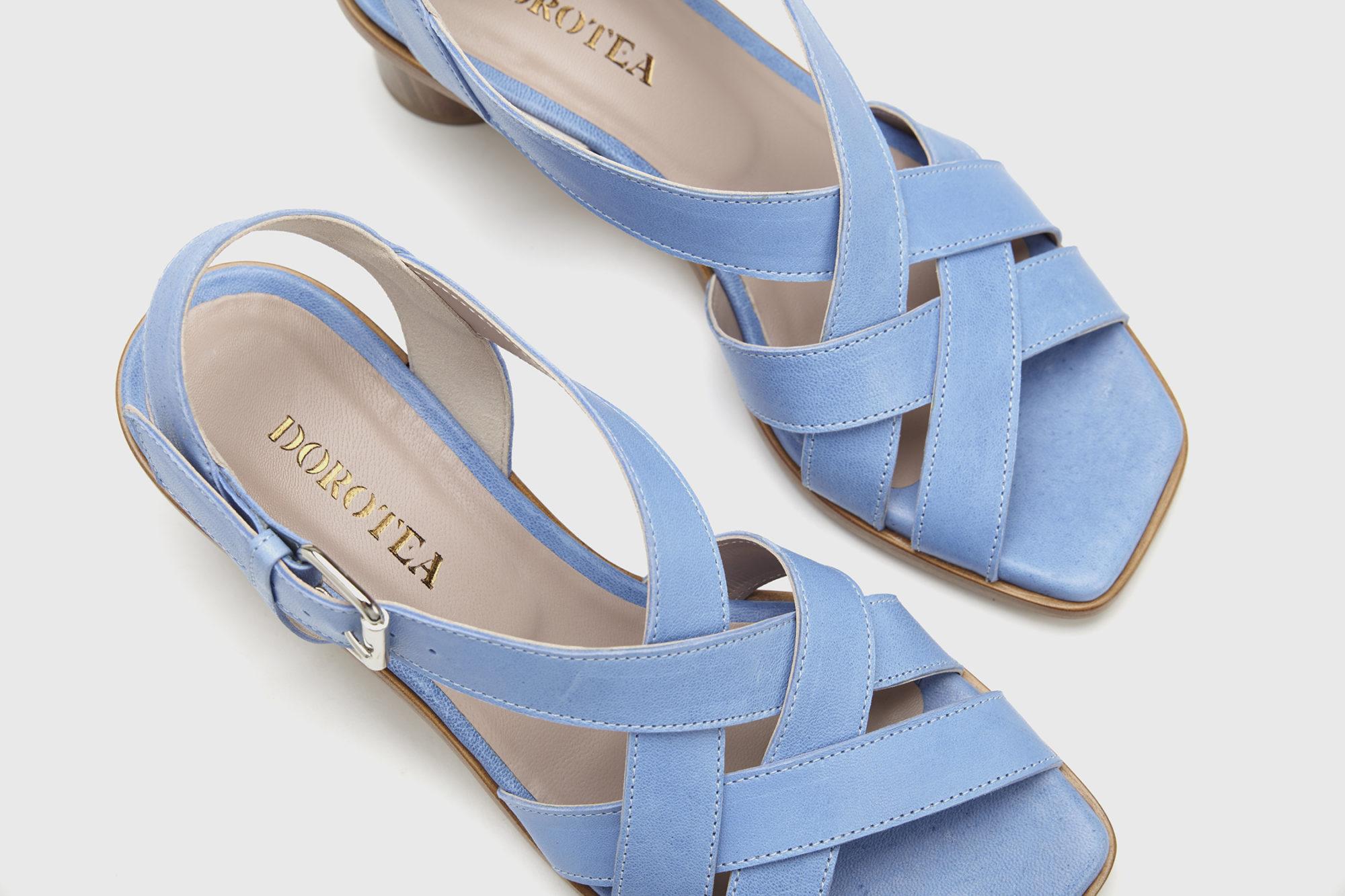 Sandalia de tacón medio Jeanne azul ss17 detalle