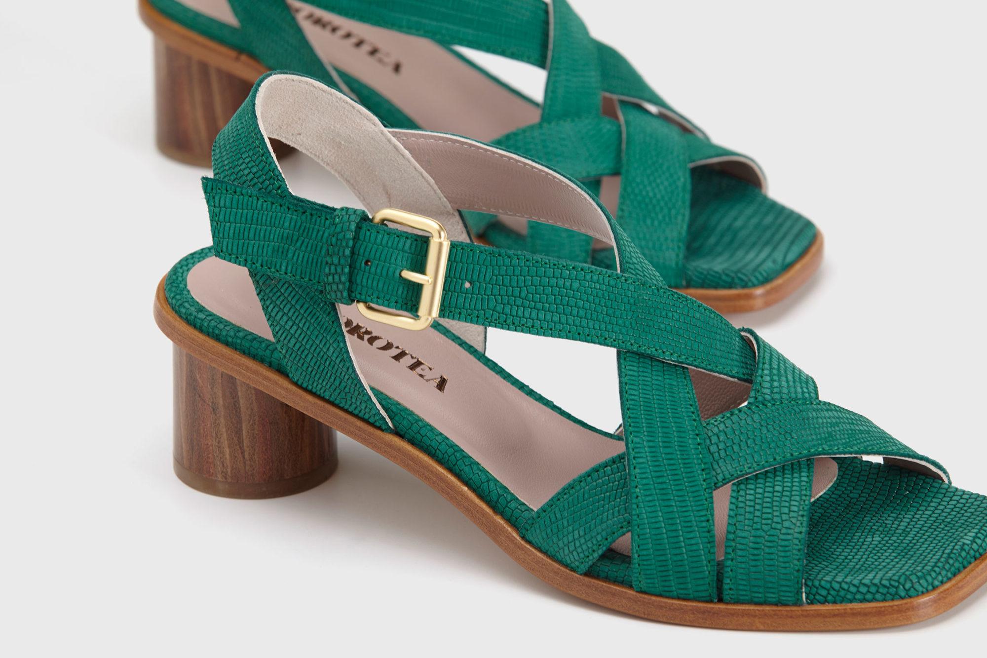 Dorotea sandalia de tacón medio Jeanne verde ss17 detalle