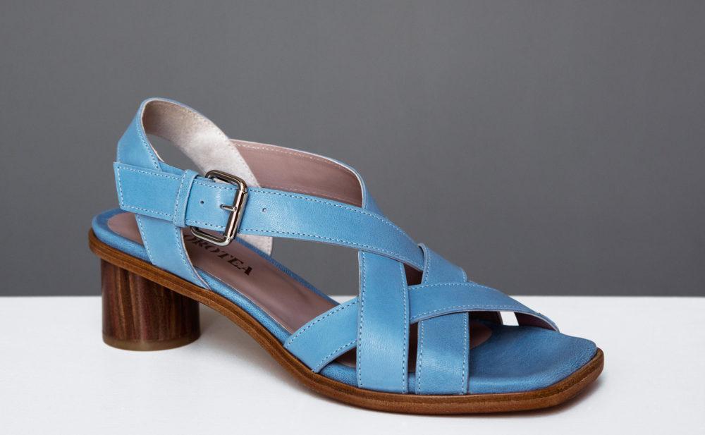 Sandalia de tacón medio Jeanne azul ss17