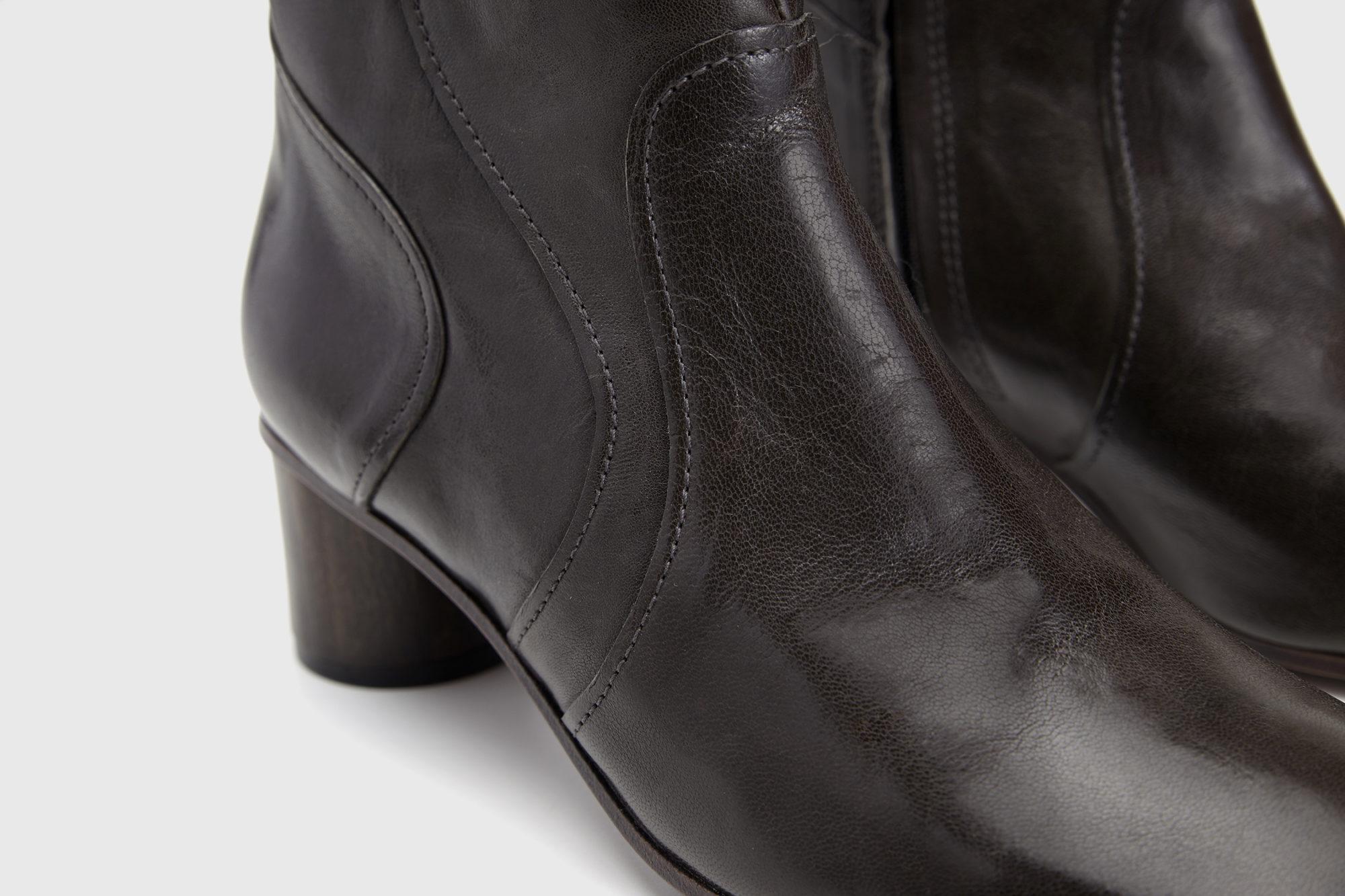 Dorotea botín de tacón medio Caroline gris ss17 detalle
