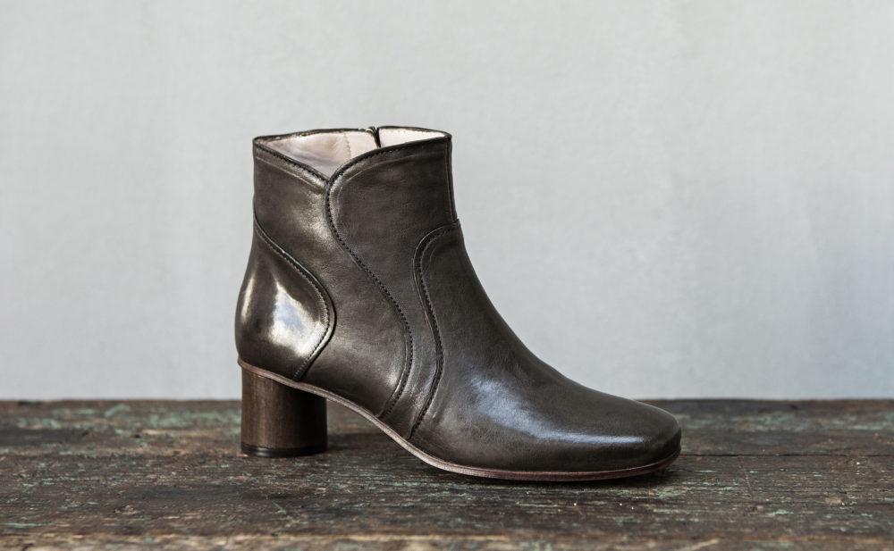 Dorotea botín de tacón medio Caroline gris fw17